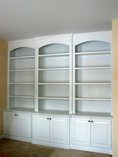 Another built-in bookcase idea. Thought...you could use pre-made kitchen cabinets for the lower portion with store-bought bookcases on top and trim out with crown and finish molding for a built-in look. Built In Cabinets, Built Ins, Built In Bookcase, Kitchen Cabinets, Bookcase Storage, Study Office, Front Rooms, Diy Furniture, Bookshelves