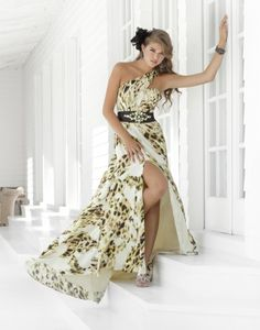 Blush Prom creates prom dresses that combine your favorite design with the price you are searching for when on a budget. Shop Blush Prom dresses now to find your dream look! Blush Prom Dress, Blush Dresses, Beautiful Prom Dresses, Nice Dresses, Fitted Dresses, Amazing Dresses, Gorgeous Dress, Ball Dresses, Formal Dresses