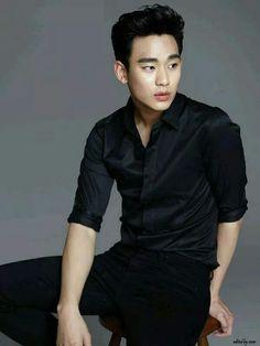 Kim soo hyun in black