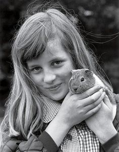 lovelydianaprincessofwales:  Diana with her guinea pig Peanuts
