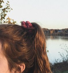 hair hairstyles artsy photo ponytail curly ginger brown shorthair pretty girl photography style aesthetic cool fashion outfit clothes grunge makeup glitter festival inspo arthoe selfie female girly ootd artsy blonde brunette style long