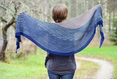 Ravelry: Color Affection pattern by Veera Välimäki I would love to make this with a Wooly Wonka sock yarn. Shawl Patterns, Knitting Patterns, Knitting Ideas, Laine Drops, Ravelry, Little Cotton Rabbits, Pattern Library, Sock Yarn, Garter Stitch