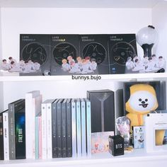 Heheh I changed my Bangtan corner for the 39274828474 time😅 I haven't journ. Army Room Decor, Bedroom Decor, Bts Doll, Army Bedroom, Room Goals, Life Goals, Aesthetic Rooms, Kpop Aesthetic, Kpop Merch