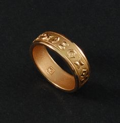 """Handcrafted ring in rose gold 18k of the """"Heritage"""" collection designed by the italian goldsmith Luca Daverio. Just the beginning of many other unique jewelry made in Italy."""
