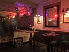 Simmons Bar, Fulham