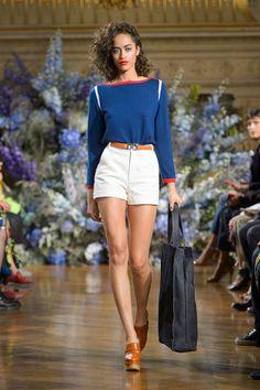 Vanessa Seward at Paris Fashion Week Spring 2017 - Runway Photos