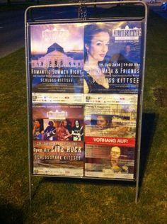 Kultursommer Schloss Kittsee: Plakatierung Open Air, Baseball Cards, Friends, Living Room, Amigos, Boyfriends
