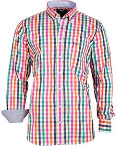 Das #Hemd mit farblich unterlegten Manschetten für zwei Weiten ist stilvoll verarbeitet und liegt mit dem unverwechselbaren Design voll im #Trend.