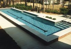 21 Best Swimming Pool Designs [Beautiful, Cool, and Modern]DIY swimming pool design ideas. That's 21 extremely gorgeous swimming pool design. How do you consider all the above swimming pool layouts? Oberirdischer Pool, Swiming Pool, Swimming Pools Backyard, Swimming Pool Designs, Lap Pools, Pool Steps Inground, Indoor Pools, Pool Decks, Above Ground Pool Prices