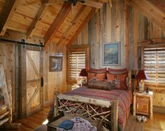 love this rustic room
