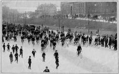 Earliest photo of Boston Marathon