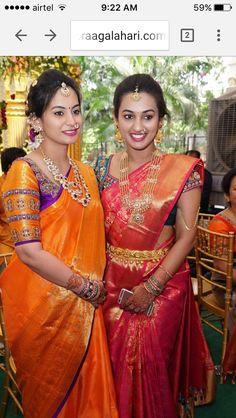 Yellow border sleeves for wedding saree Bridal Silk Saree, Saree Wedding, Wedding Wear, Indian Jewellery Design, Bridal Jewellery, Jewellery Designs, Gold Jewellery, Jewelry, Bridal Blouse Designs