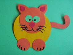 Koťátko z barevného kartonu