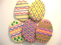 Easter Egg Sugar Cookies  Decorating idea from Etsy