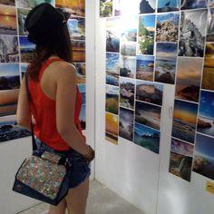 ¡Tardes y noches de verano con Snailbag! Una exposición de fotografía, cine de verano, música al aire libre... ¿Apostamos por un ocio más cultural este verano? ¡No todo va a ser playa! #Snailbag #lunchbag #tuppertime #moda #chic #ocio #verano #summertime #MadeInSpain #ShopOnline http://www.snailbag.es/shop/elements-collection/bolso-porta-alimentos-snailbag-vivaldi-summer/