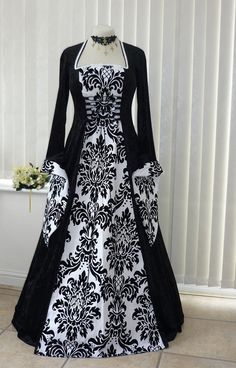 medieval gothic wedding dresses | HighFashionTips.com