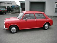 1969 AUSTIN 1100 Mk ll Two Door. Very much like the first car I owned. Classic Mini, Classic Cars, Custom Vespa, Ford Galaxie, First Car, Great British, Scooters, Jaguar, Wonders Of The World
