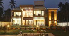 കൗതുകങ്ങൾ നിറയുന്ന വീട്, ഒപ്പം വാസ്തുവും! വിഡിയോ   Home Plans Kerala   House Plans Kerala   Home Style   Manorama Online Colonial House Plans, Traditional House Plans, Riverside House, Kerala Houses, Kerala House Design, Two Storey House, House Front Design, Luxury House Plans, Eco Friendly House