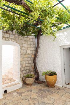 12 Pergola Patio Ideas that are perfect for garden lovers! Backyard Canopy, Garden Canopy, Canopy Outdoor, Beach Canopy, Patio Roof, Pergola Patio, Pergola Kits, Pergola Ideas, Rustic Patio Doors
