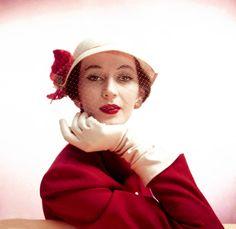 barbara goalen | Barbara Goalen for Dior, 1948