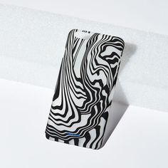 OPTICAL iPhone 6+ Case on bezar.com