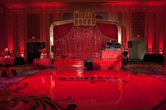 moulin rouge stage for a burlesque party/burlesque-circus performance area Burlesque Party Decorations, Burlesque Theme Party, Burlesque Bachelorette Party, Gatsby, Stage Set, Dj Stage, Paris Party, Sweet 16 Birthday, Hollywood Party