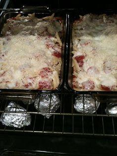 One More Ladybug: Pizza Casserole Recipe - yumilicious!