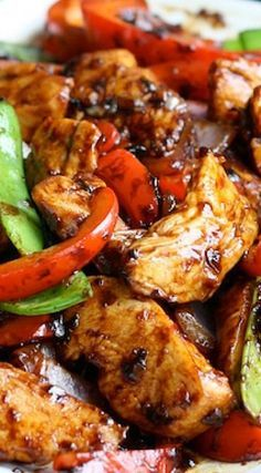 Stir-Fried Chicken with Chinese Garlic Sauce ~ Delicious! Stir-Fried Chicken with Chinese Garlic Sauce ~ Delicious! Wok Recipes, Easy Asian Recipes, Cooking Recipes, Healthy Recipes, Ethnic Recipes, Recipies, Game Recipes, Vegetarian Recipes, Oriental Recipes