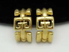 GIVENCHY Paris New York DOUBLE G LOGO Brushed Goldtone Clip Earrings  http://www.ebay.com/itm/GIVENCHY-Paris-New-York-DOUBLE-G-LOGO-Brushed-Goldtone-Clip-Earrings-/360483535452?roken=QqYO8w