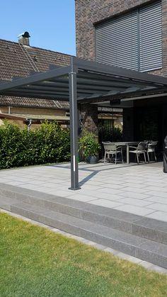 Terrasse neu erleben Plan your patio roof now and enjoy many more patio days. Pergola Carport, Wood Pergola, Outdoor Pergola, Diy Patio, Pergola Patio, Backyard Patio, Carport Garage, Carport Shade, Outdoor Living Patios