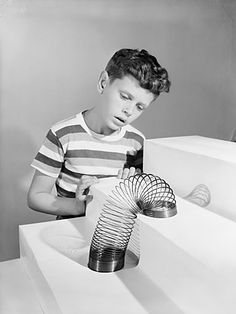 Slinky got its big break during the Christmas shopping season of 1945, when the Gimbels department store in Philadelphia let James demonstrate his new creation.