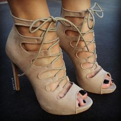 Yes Of Corset Cut-Out Booties