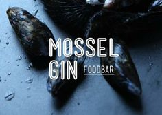 At Mossel & Gin you will find fresh mussels in a variety of flavorsome sauces paired with special gin and tonic cocktails in Amsterdam's Westerpark. London Gin, Gin And Tonic, Amsterdam, Cocktails, Drinks, Tasty, Sauces, Restaurants, Wine
