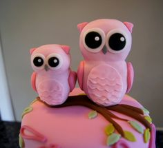Owl baby shower cake by Sylvia Cake
