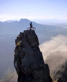 Beautiful video, one crazy SOB!! Danny Macaskill in Scotland. In parts I had to look away!