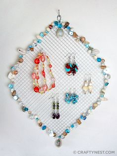 Beaded wire jewelry holder