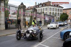 Der Morgan Three Wheeler, gefolgt vom MG A und dem Jaguar XJS am Swiss Classic British Car Meeting in Morges 2015: http://www.zwischengas.com/de/VC/veranstaltungsberichte/Swiss-Classic-British-Car-Meeting-in-Morges-2015-britische-Klassiker-mit-Charme-aber-ohne-Schirm.html?utm_content=bufferd829e&utm_medium=social&utm_source=pinterest.com&utm_campaign=buffer  Foto © Stephen Butterworth