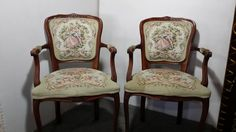 Traditional Tapestry Fabric on Queen Anne Parlor Chairs Tapestry Fabric, Vintage Chairs, Queen Anne, Unique Vintage, Pond, Accent Chairs, Dining Chairs, Furniture