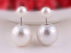 Ohrringe - QUEEN strukturierte Perlen Ohrstecker Ohrringe - ein Designerstück von Kleines-Karma bei DaWanda