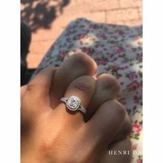 """876 Likes, 16 Comments - Henri Daussi (@henridaussi) on Instagram: """"Swooning over this proposal from @lindsmariee_ 🌷💎#engagementring #weekend #love #engaged💍…"""""""
