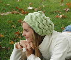 Scrunch! This hat would look absolutley yummy knitted up in some Noro Silk Garden.