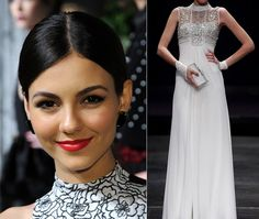 Try a sleek ponytail with a turtleneck gown!