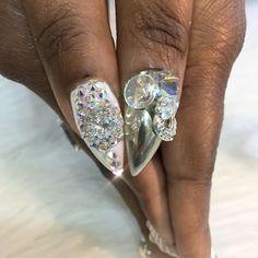 Bling bling nails @toplinenails @swarovski #nailsbyjennifer  #goldjewelry  #holographicnails #nailvids #nailswag #makeupslaves #tutorials #makeupartist #nailsmagazine #anastasiabeverlyhills #vegas_nay #losangeles #orangecounty#TheBestQuality #tags for likes#lahabra #beverlyhills #northhollywood #burbank  #wakeupandmakeup#Downey #hollywood#woodlandhills#hudabeauty #downey #pasadena#studiocity #wescovina #nailvids #nailswag #nailforms #santamonica  @make.up.vines @melformakeup @manicuresvideos…