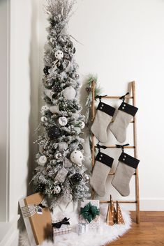 Christmas Home Tour, Christmas Trees, Farmhouse Christmas Ornaments - Modern Farmhouse DIY Christmas Tree, stockings, tree stand Christmas home tour - Diy Christmas Decorations For Home, Farmhouse Christmas Ornaments, Christmas Tree Themes, Christmas Diy, Holiday Decor, Christmas Signs, Handmade Christmas, Christmas Tree Boxes, Diy Tree Decorations