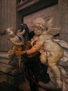 atiazita: Creio nos anjos que andam pelo mundo