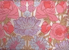 Vintage 70s Pink Flowers Wallpaper
