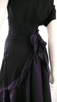 Delicious 1940s dress.
