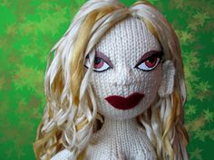 Knit Bunny: Knitted Dolls