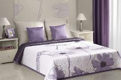 Kremowa narzuta dwustronna na łóżko w fioletowe kwiaty
