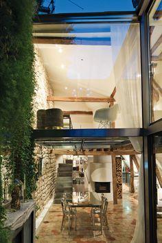 Impressive duplex with its own inspiring interior architecture – Adorable Home Duplex Apartment, Apartment Renovation, Apartment Design, Apartment Guide, Parisian Apartment, Exterior Design, Interior And Exterior, Interior Garden, Loft Stil